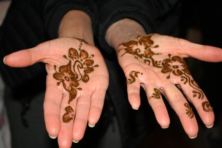 Henna Gutsy Women