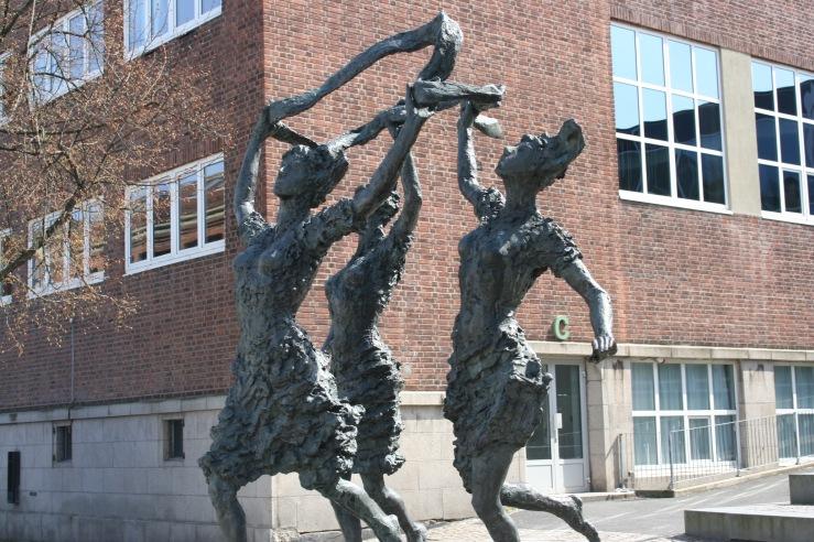 Dancing Statue Oslo