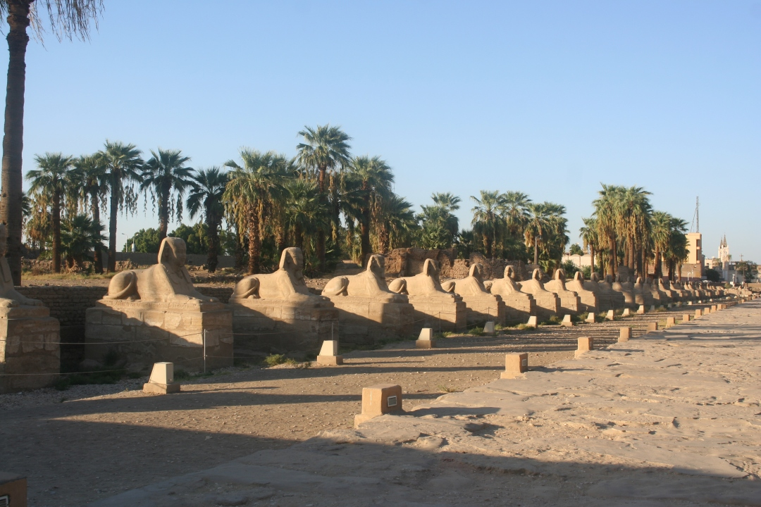 luxor temple road