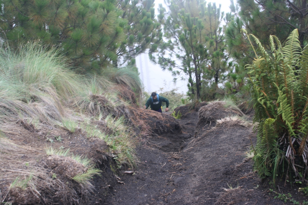 climbing volcano guatemala