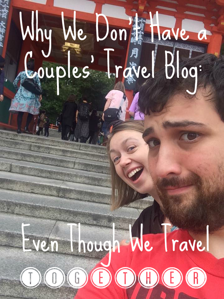 couple travel blogging